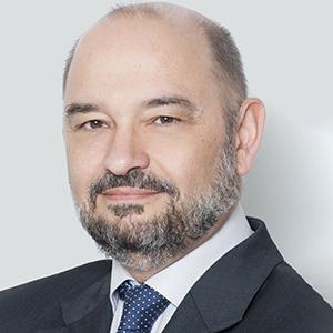 J Vicente Estrada